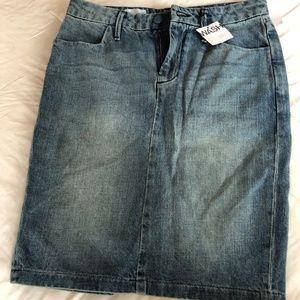 Brand New Gap Denim Skirt Size 2